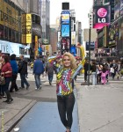 body_painting_golub_tracy_timessquare_finished_120929_agostinoarts