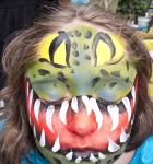 face_painting_crocodilehelmet_girl_120604_agostinoarts