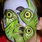 face_painting_parrotsgreen-040724_agostinoarts