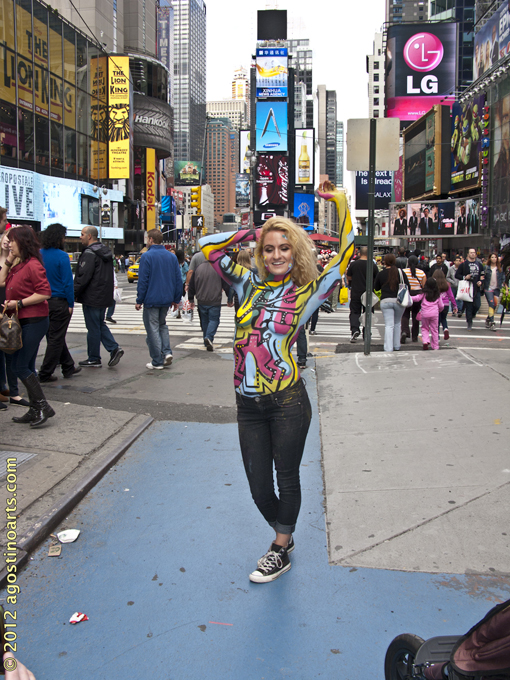 Artist Coats Nude Pair in Body Paint in Times Square